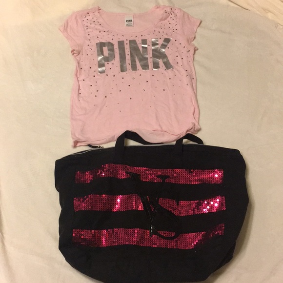 b9cdd27ead48d Pink brand women's shirt size small and bag 💓